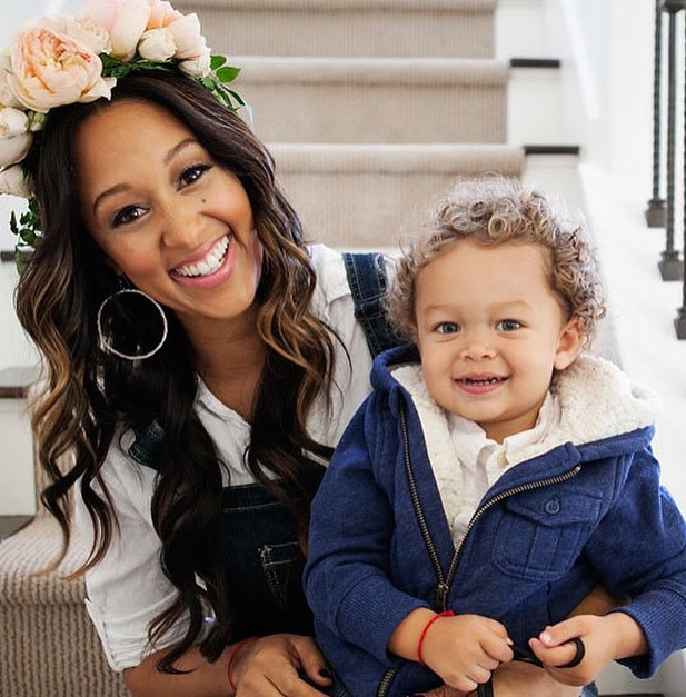 Tamera Mowry and son