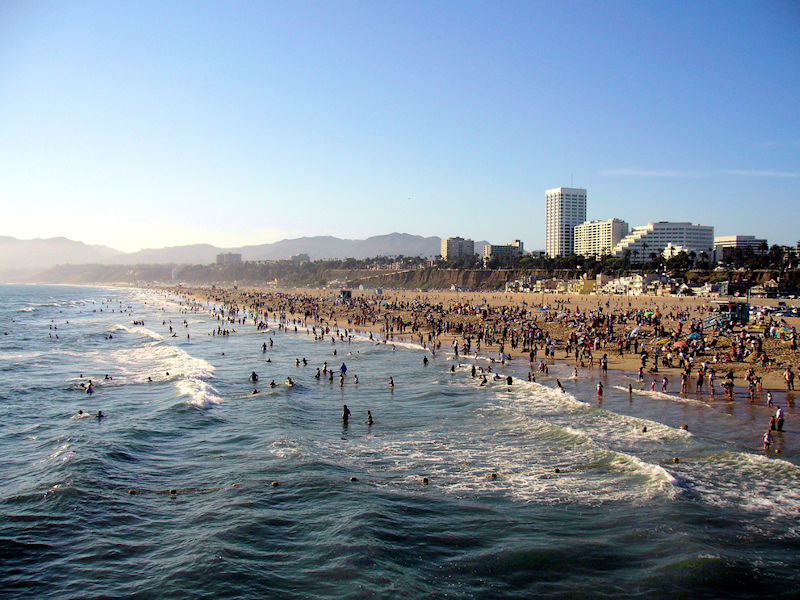 Los angeles beaches close due to lightning canyon news - Residence santa monica canyon en californie ...