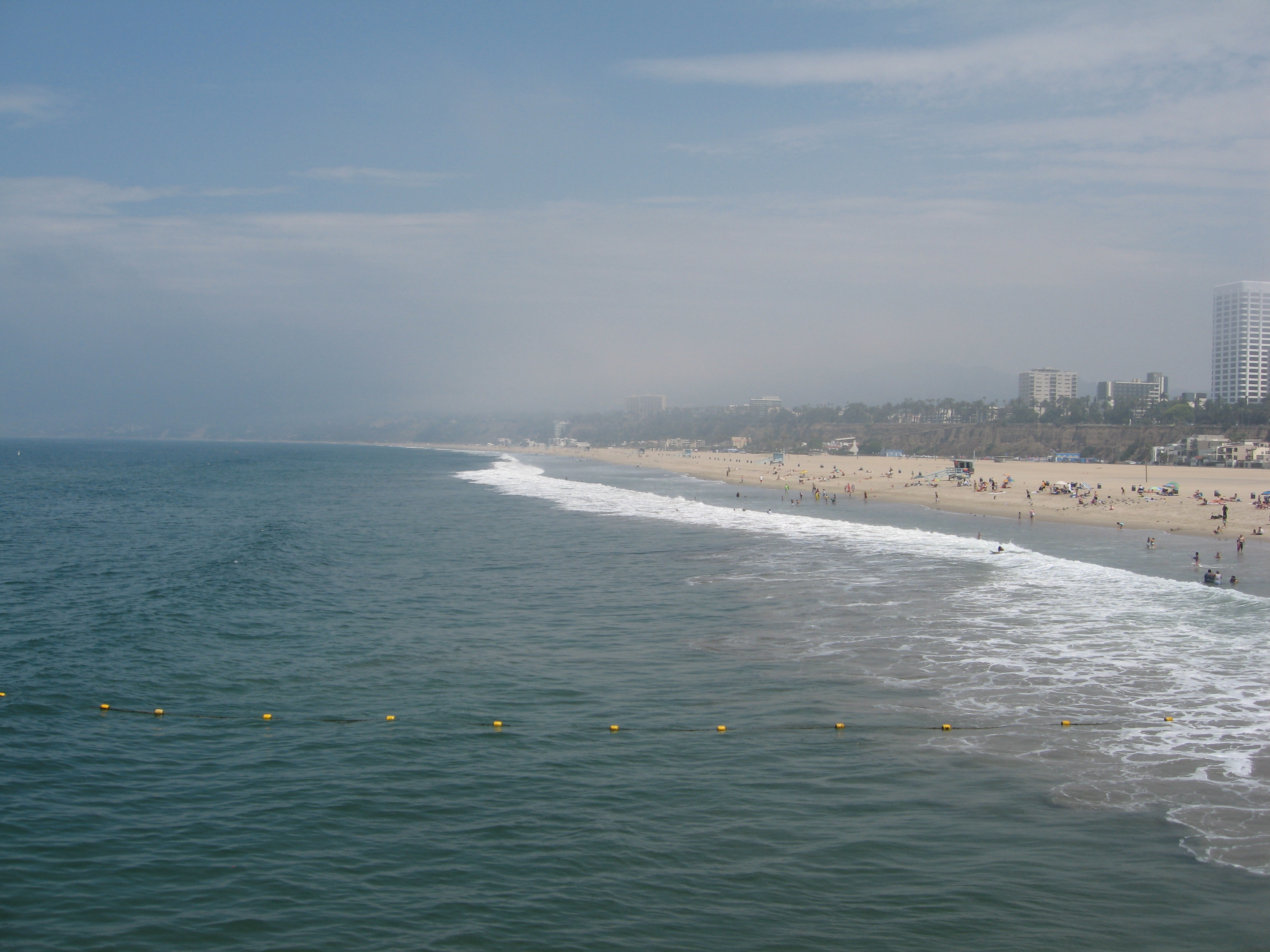 On August 6, Santa Monica beach was temporarily closed due to a mysterious substance, later identified as linoleic acid, washing up on the shore.