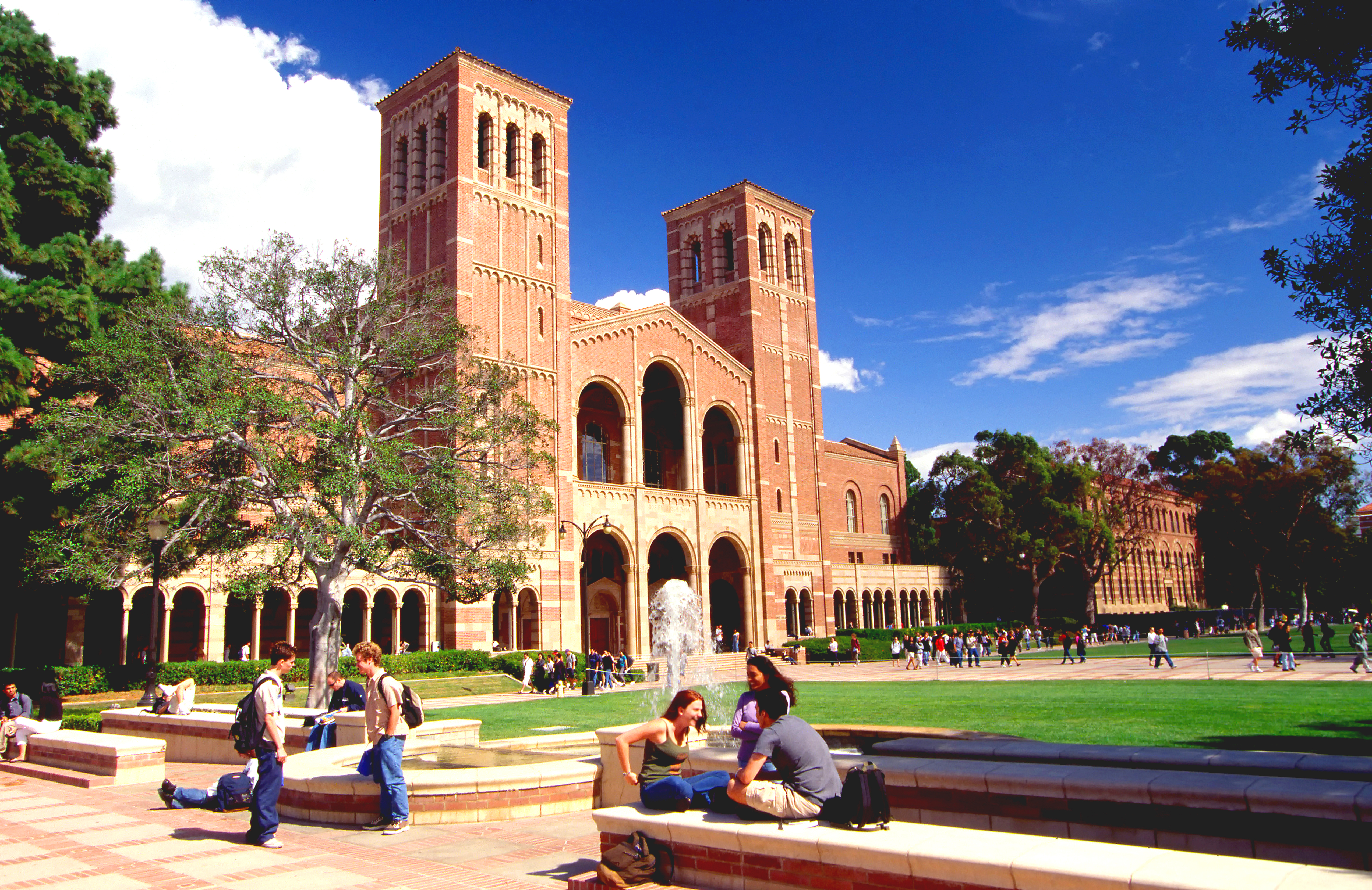 ucla receives more than freshman applications canyon news ucla receives more than 100 000 freshman applications