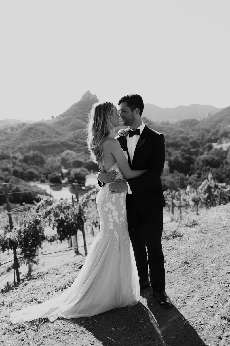 actor josh peck marries girlfriend during malibu wedding