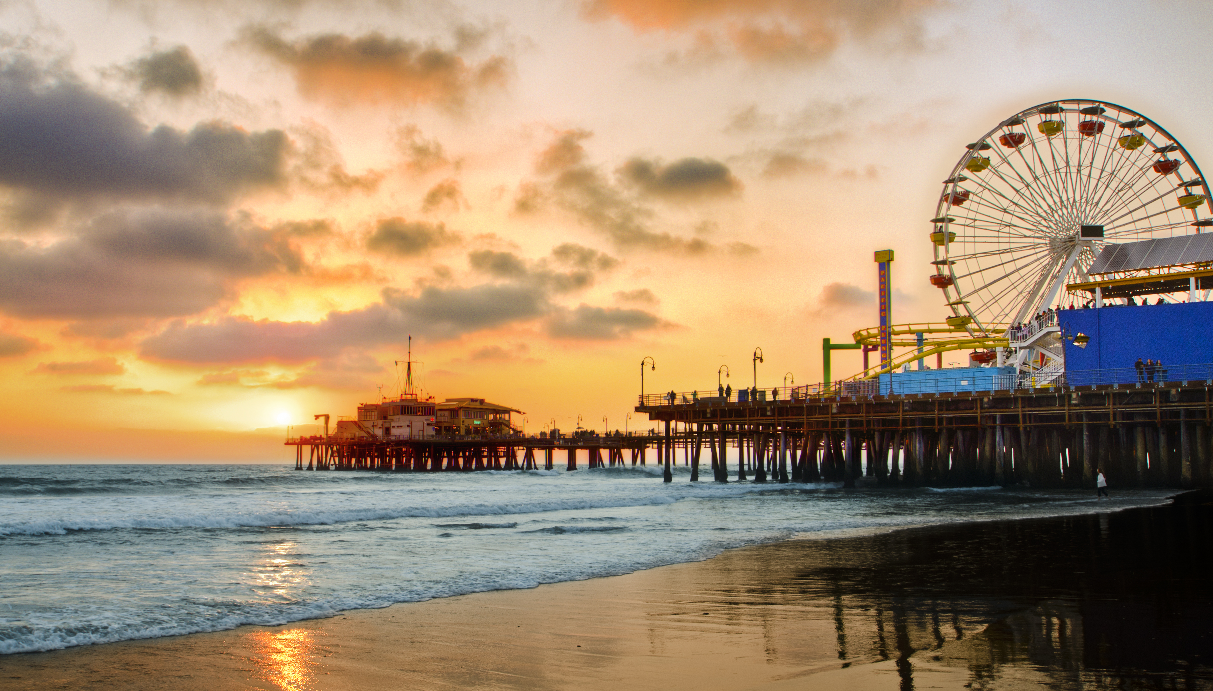 Santa Monica Pier Is Listed As One Of The Most Polluted Beaches In Southern  California.