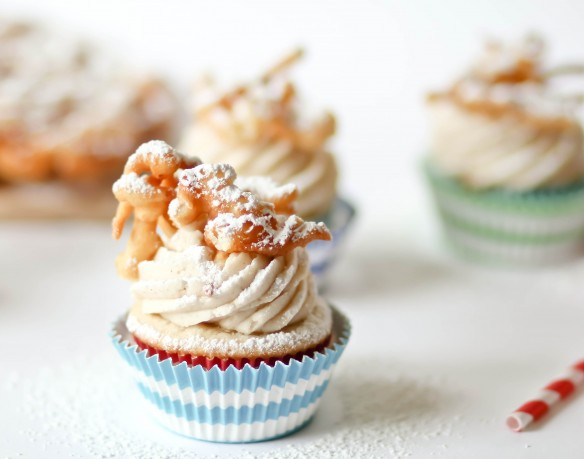 Funnel Cake Cupcakes, from Confessions of a Cookbook Queen