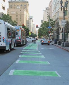 Spring_Street_bike_lane,_Los_Angeles