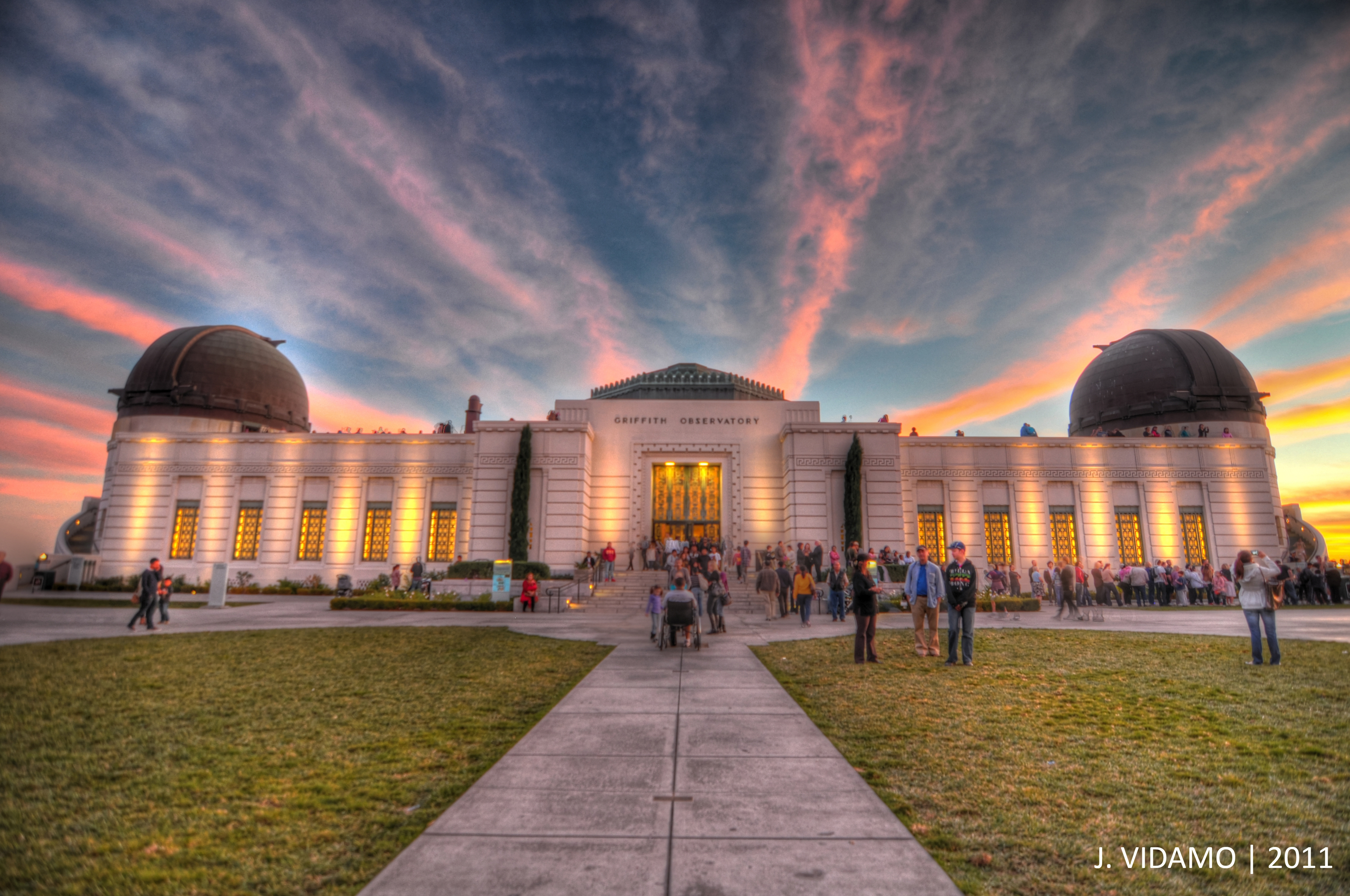 Griffith Observatory will host small talks at local noon and sunset to commemorate the Summer Solstice. Photo by Justin Vidamo.