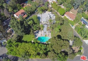 Overhead view of 3222 Benda Pl, the former residence of Marlon Brando.