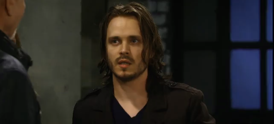 Lucky (Jonathan Jackson) swopped in to save the day.