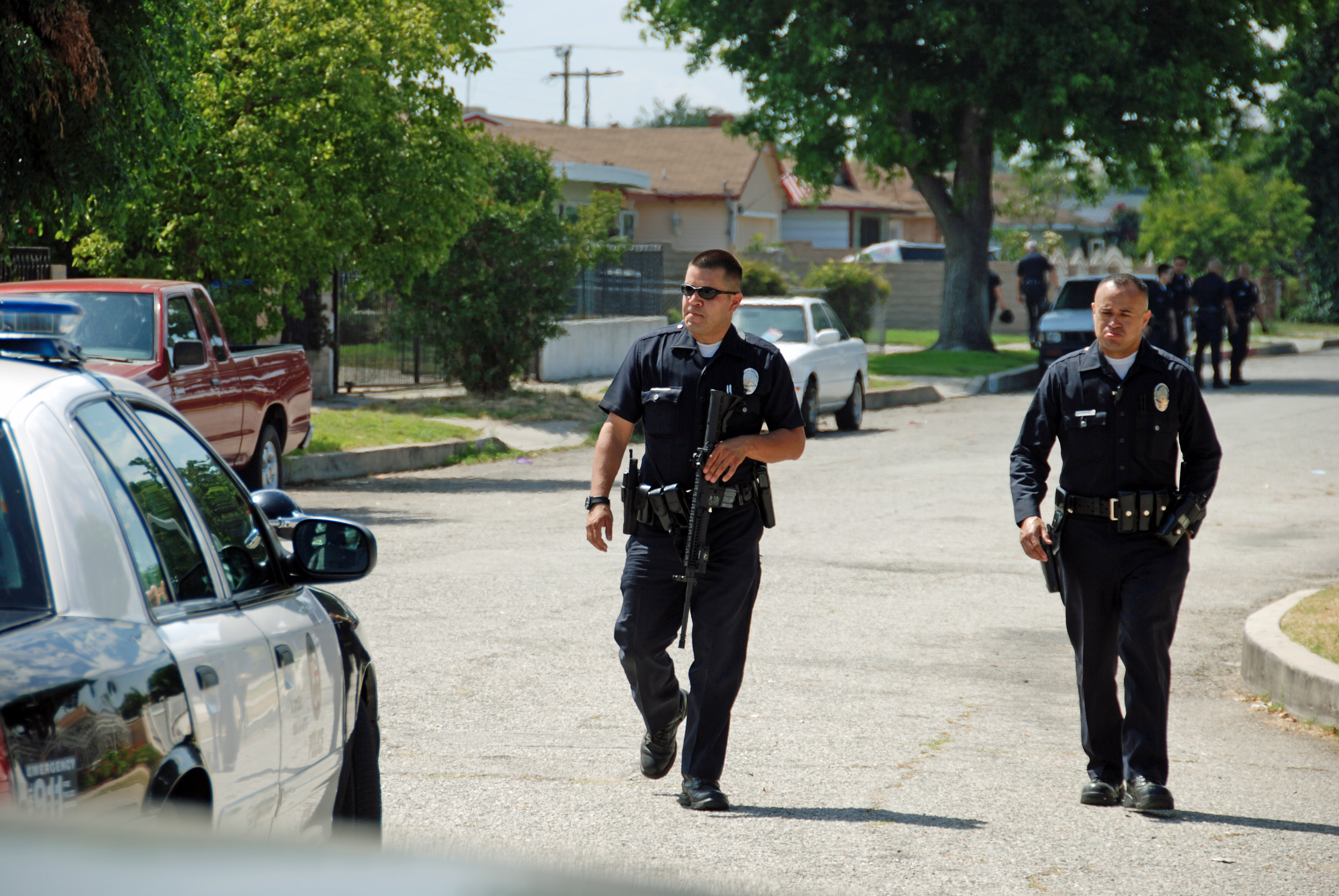 On July 1 at around 3:15 pm an injury report involving an LAPD bicycle officer was made. Canyon News, Lapd officer