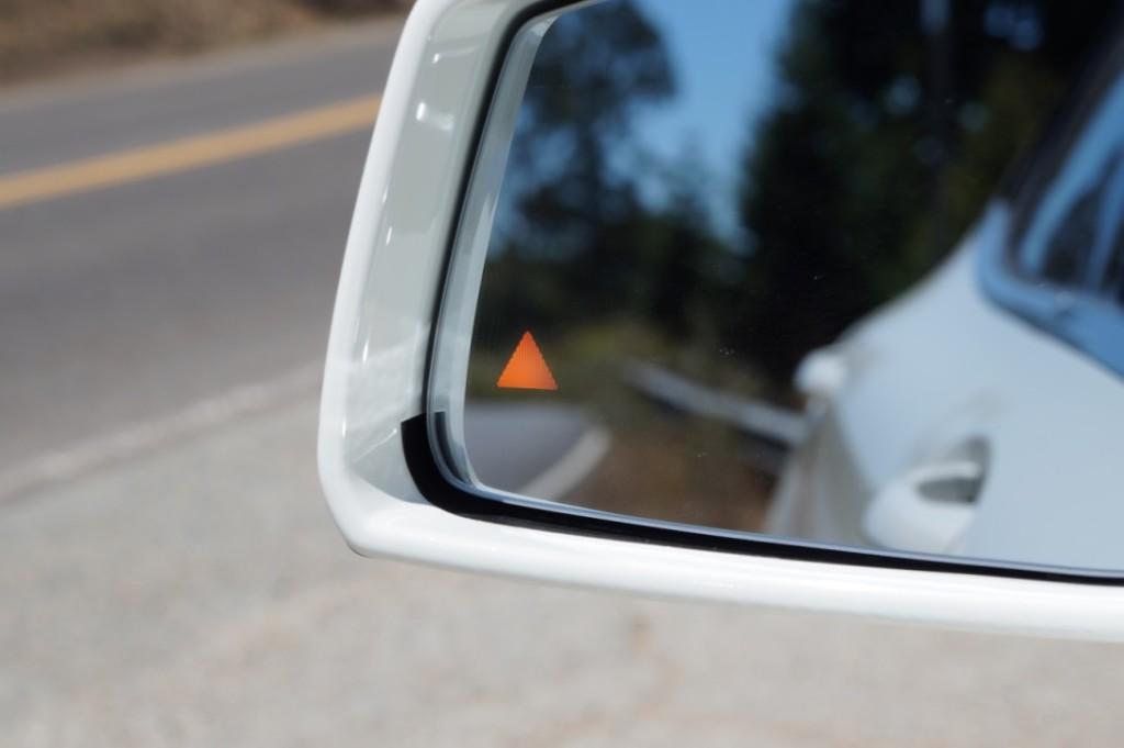 Mercedes-Benz Blind Spot Assist