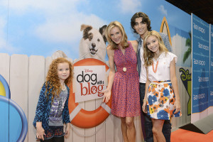 The cast of Dog With A Blog. Via DisneyABC on Flickr.
