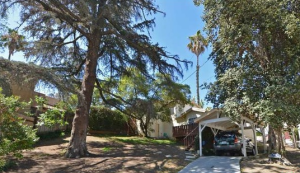 Middleditch's newly-purchsed 2-bedroom, 2-bathroom home is described as being ready for a remodeling. Credit: MLS.com