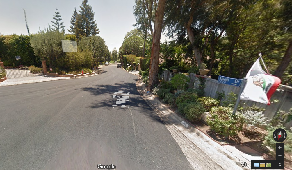 The intersection of Amalfi Drive and Sorrento Drive, where the teen first went missing.