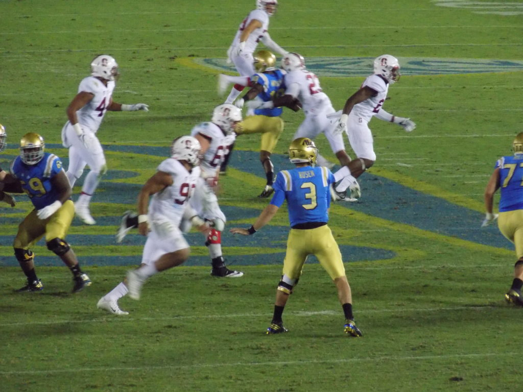 UCLA QB Josh Rosen completes a pass in the third quarter for a short gain at the Rose Bowl on Saturday, September 24. Photo by Michael C. Floch.